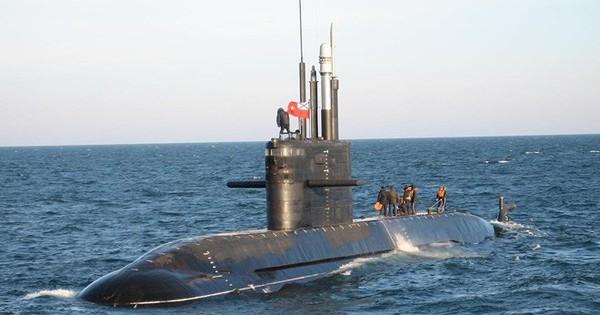 Nga và Ấn Độ hợp tác chế tạo tàu ngầm?