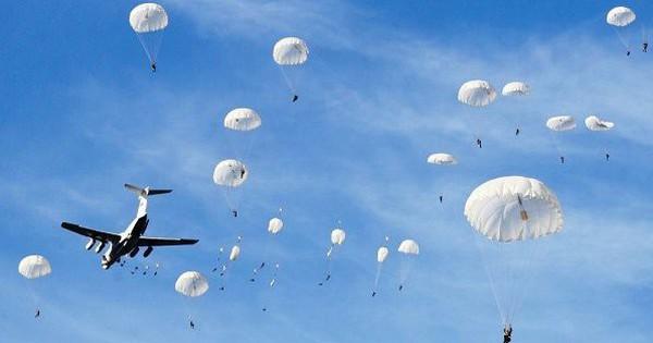 Tướng Ukraine ca ngợi cuộc tập trận quy mô lớn của Nga ở Crimea