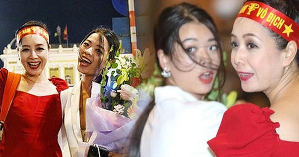Xuống đường ăn mừng Việt Nam chiến thắng cùng mẹ, con gái NSƯT Chiều Xuân chiếm trọn spotlight vì nhan sắc!
