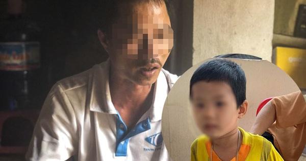 Phân trần của người bố bỏ rơi con tại cổng toà án nhân dân tỉnh Bắc Giang