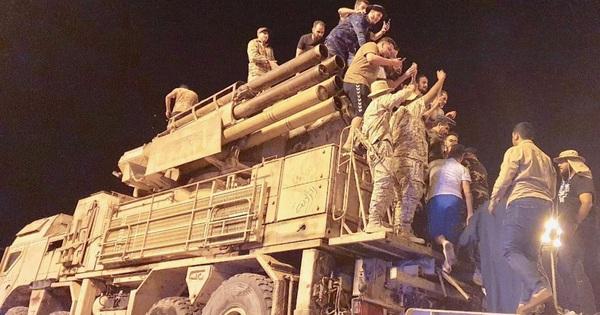 """Lính đánh thuê Nga tháo chạy khỏi căn cứ chiến lược ở Libya: Tướng Haftar """"thất thủ""""?"""