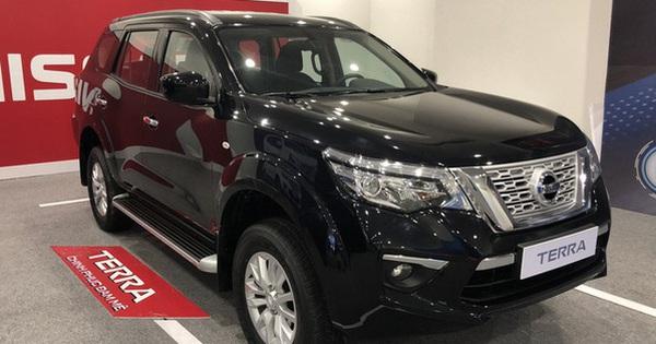 Nissan Terra liên tục giảm giá: Cao nhất hơn 900 triệu, rẻ hơn gần 400 triệu đồng so với Toyota Fortuner