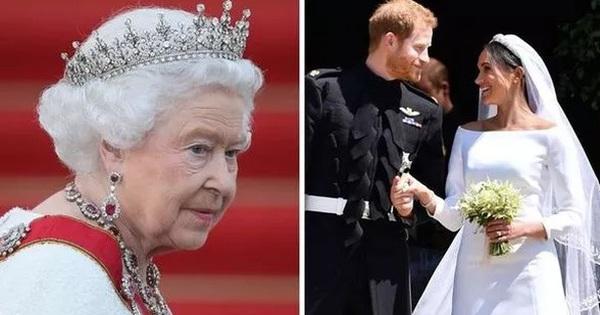 """Nữ hoàng Anh từng """"nhẫn nhịn"""" chiều lòng Meghan Markle nhưng vì sự đòi hỏi thái quá, bà đã ra tay dạy dỗ cháu dâu khiến ai cũng nể phục"""