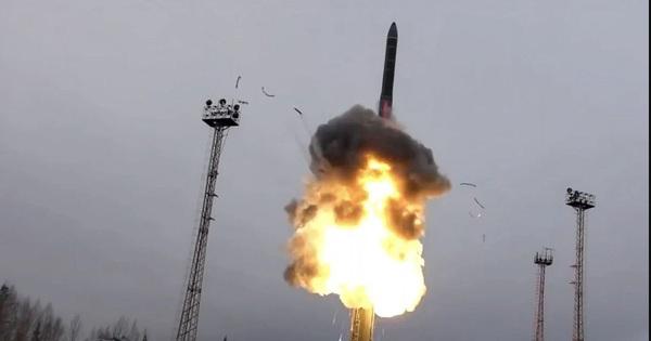 Mỹ xây dựng mạng lưới vệ tinh đánh chặn vũ khí siêu thanh Trung Quốc, Nga