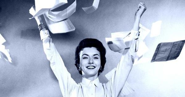Nếu nung nấu ý định nghỉ việc, chị em cần ghi nhớ 4 điều sau để ngẩng cao đầu mà không ôm nuối tiếc