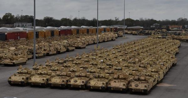 Nga đề nghị cùng 'đóng băng' tập trận, NATO từ chối