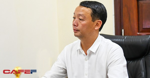 """Sau khi cảm ơn Hòa Minzy vì MV chất liệu lịch sử, Phó chủ tịch Thừa Thiên Huế chia sẻ: """"Thành phố cổ kính nhưng hợp với người trẻ """""""