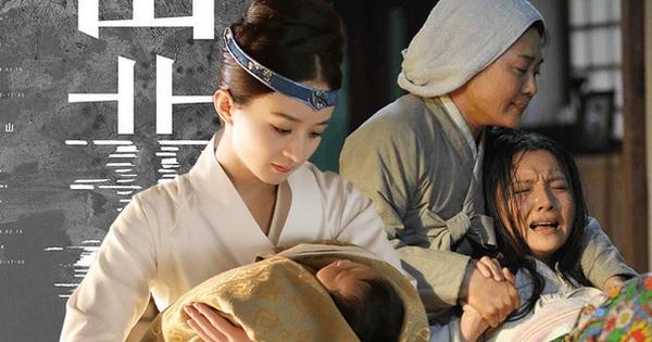 Phụ nữ Trung Hoa thời cổ đại khi sinh con cần nước nóng liên tục là vì nó rất lợi hại hay là vì nguyên nhân nào khác?