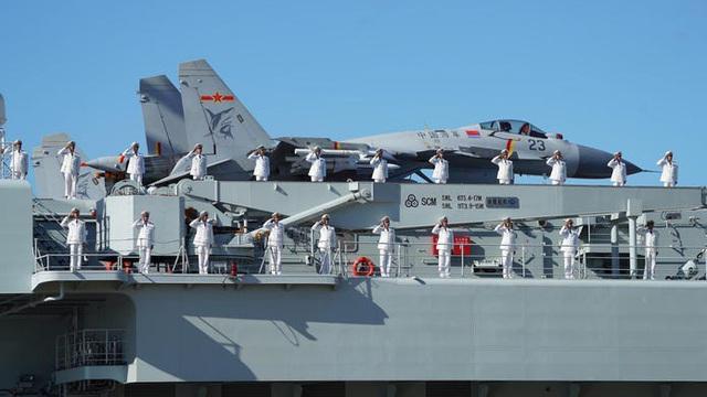 Tàu sân bay Trung Quốc ở đâu nếu so với tàu sân bay Mỹ?