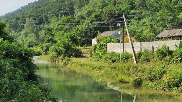 Một năm sau sự cố nước sạch sông Đà: Sao chưa xây mương dẫn kín?