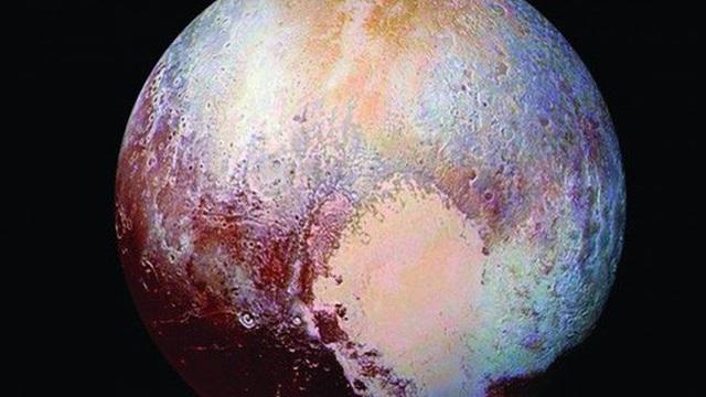 """Kinh ngạc cấu trúc giống y Trái Đất ở """"hành tinh thứ 9"""""""
