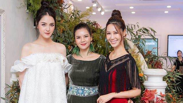 Á hậu Hoàng Anh, Dương Thùy Linh xinh đẹp đến chúc mừng NTK La Phạm