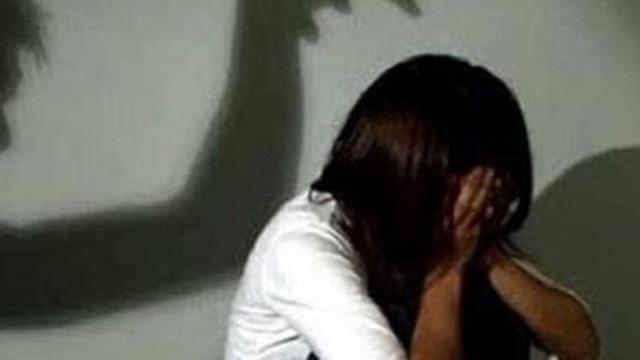 Điều tra vụ nữ sinh lớp 7 bị nam thanh niên sàm sỡ