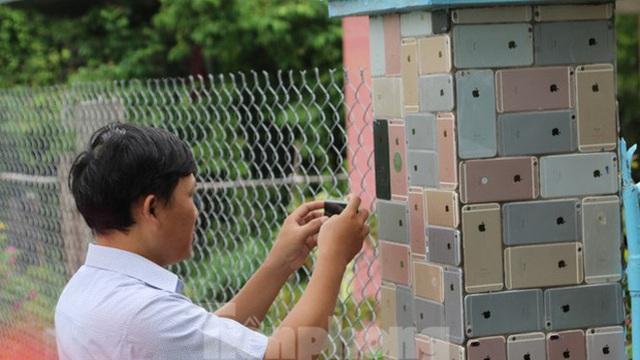 """Những hàng rào, bức tường đẹp """"lạ"""", gây sốt ở Việt Nam"""