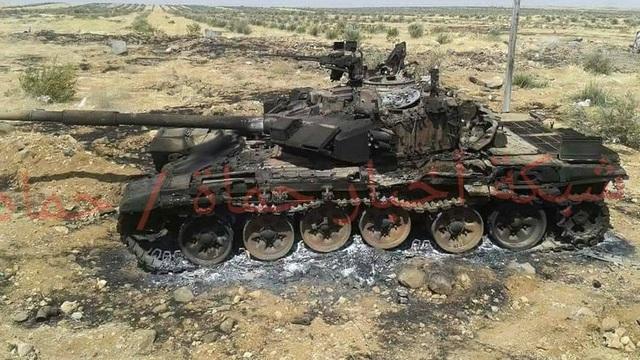 T-72M1 cổ lỗ hạ gục xe tăng T-90 ở Syria: Cuộc đi săn kịch tính và phát bắn thần sầu