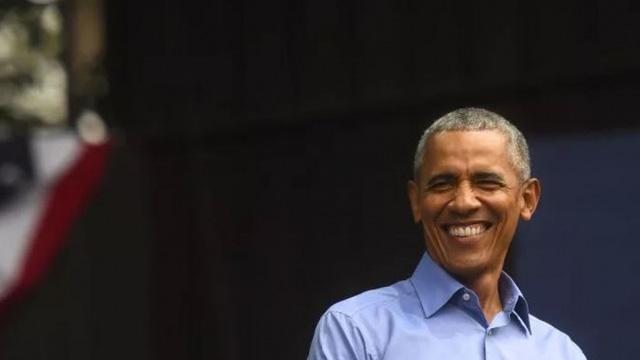 """Ông Obama chỉ trích Tổng thống Trump có """"tài khoản ngân hàng bí mật ở Trung Quốc"""""""