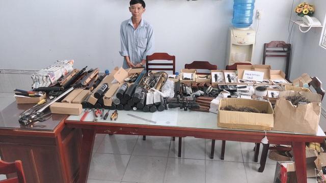 Thu giữ hàng loạt vũ khí bán trên mạng xã hội