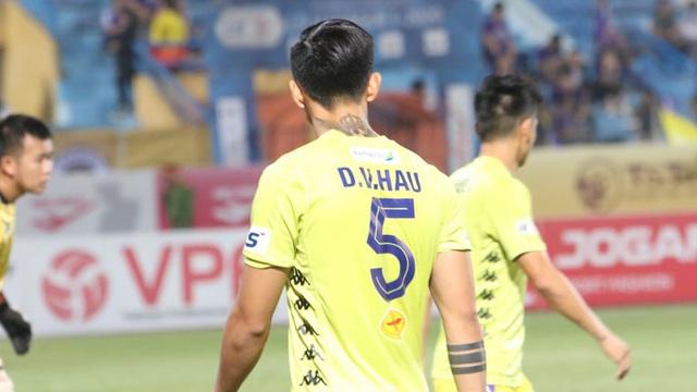 TRỰC TIẾP V.League ngày 24/10: Quảng Ninh dẫn TP.HCM 2-0; Văn Hậu dự bị trước Bình Dương