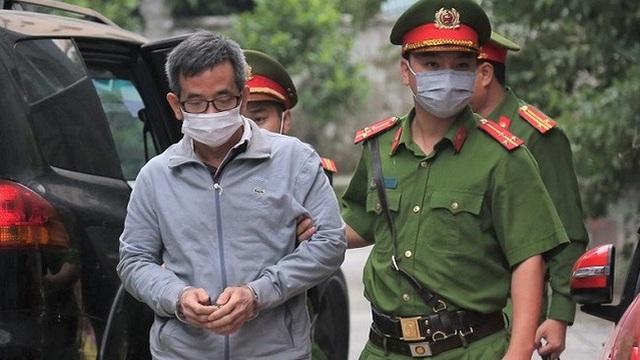 """Xét xử đại án BIDV, GĐ Cty Trung Dũng: """"Quan hệ với ông Trần Bắc Hà thì doanh nghiệp của bị cáo chưa có cửa"""""""