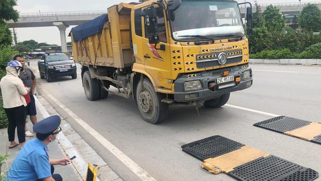 15 trạm cân có chặn được xe quá tải ở Hà Nội?