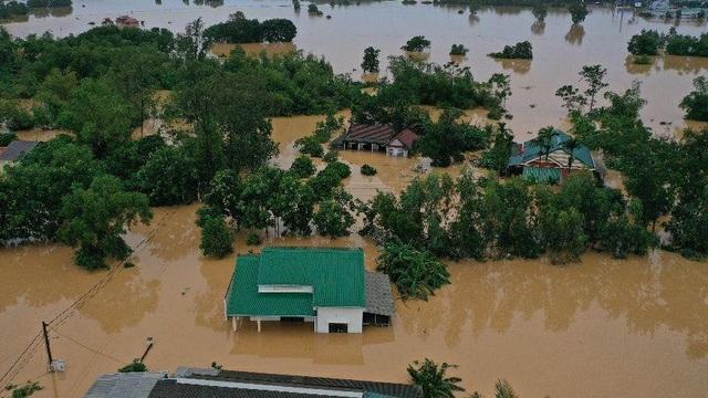 Tổng thư ký Liên Hợp Quốc và Thủ tướng Australia thăm hỏi về tình hình lũ lụt miền Trung
