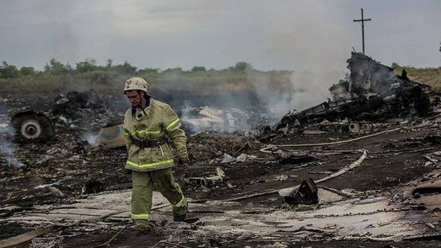 Vụ rơi máy bay MH17: Nghi phạm khẳng định không liên lạc với quân đội Nga