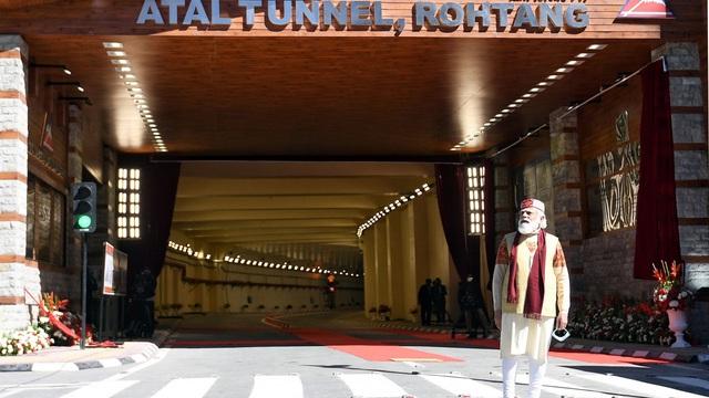 Ấn Độ khánh thành đường hầm dài nhất thế giới gần biên giới Trung Quốc
