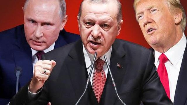 """Vén màn thế lực giấu mặt bán vũ khí cho Armenia: Chuyên gia cảnh báo """"Đừng đùa với lửa!"""""""