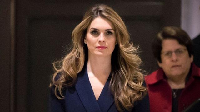 Nữ trợ lý thân cận bậc nhất của ông Trump: Nhan sắc cực phẩm, khả năng ngoại giao đỉnh cao