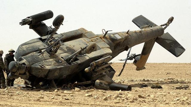"""Tác chiến điện tử Nga suýt """"vật lộn cổ"""" trực thăng AH-64 Apache Mỹ ở Syria: Toát mồ hôi!"""