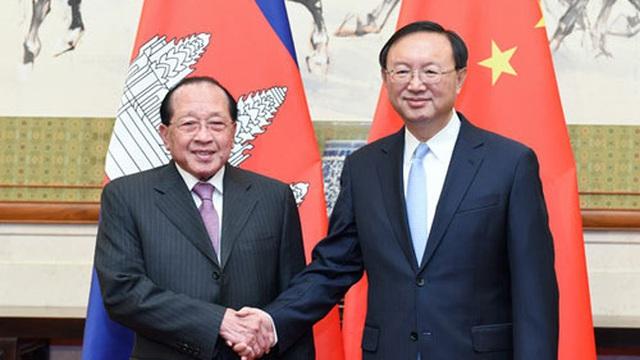 Tân Hoa Xã đưa tin Phó Thủ tướng Campuchia hoan nghênh tuyên bố của Trung Quốc về phán quyết biển Đông