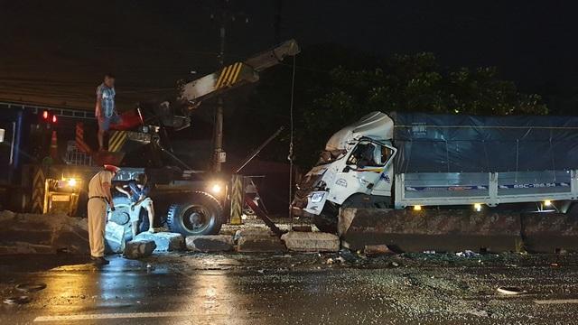 Tai nạn giao thông kinh hoàng trên Quốc lộ làm 1 người chết, 19 người bị thương