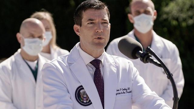 """Bác sĩ Nhà Trắng có """"kiềm chế"""" được Trump - Bệnh nhân Covid-19 quyền lực nhất thế giới?"""