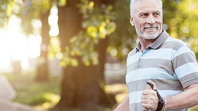 Trước tuổi 50, có 6 điều nhất định phải trở thành thói quen để tuổi già mạnh khỏe: Nửa đời sau vui khỏe hay chật vật vì bệnh tật đều do bạn quyết định