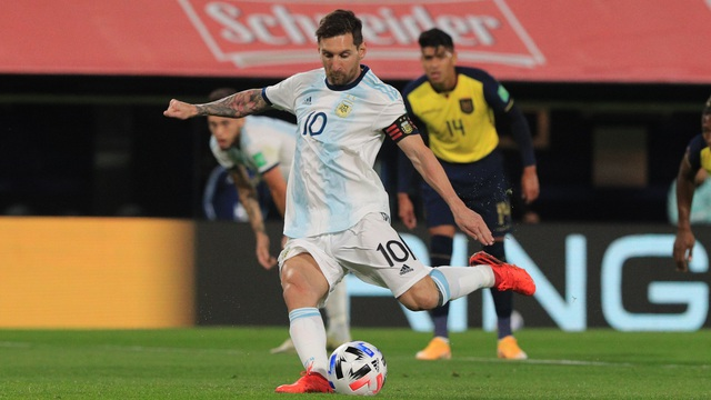 Messi sút 11m thành công, Argentina mở màn VL World Cup 2022 theo cách gây thất vọng