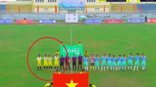 Đội bóng Việt chính thức bỏ giải sau sự cố ra sân thi đấu chỉ với 4 cầu thủ