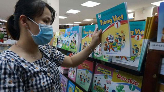 """Chuyên gia nói về tài liệu chỉnh sửa SGK Tiếng Việt 1 bộ Cánh Diều: """"Tôi cho rằng đây là sửa chữa chắp vá"""""""