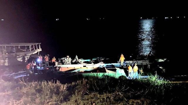 Tranh giành đánh bắt cá trên sông, nhóm đối tượng nổ súng khiến 2 bố con bị thương