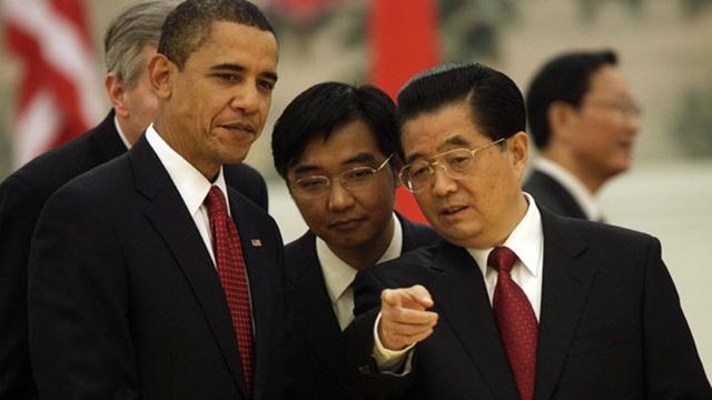 Ông Obama hé lộ chuyến thăm TQ đầy kịch tính: Bị giám sát, phải thay đồ, thậm chí tắm trong bóng tối