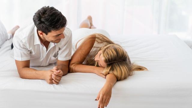 BS tiết lộ: Quan hệ tình dục đều đặn mang tới 6 thay đổi sức khỏe lớn ở cả nam và nữ