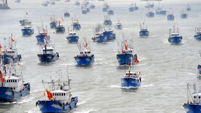 """Phía sau đội tàu cá hùng hậu, đầy tham vọng, phát triển """"như vũ bão"""" của Trung Quốc"""