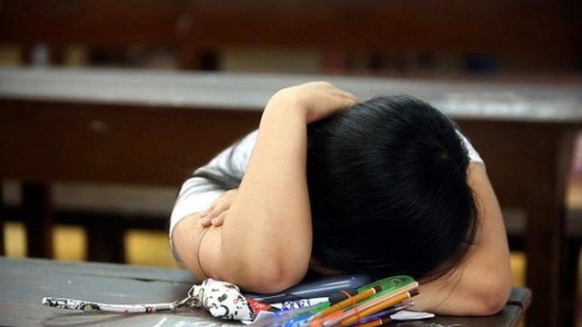 Xót xa cháu bé 14 tuổi thắt cổ tự tử sau mâu thuẫn bố mẹ bắt viết bản kiểm điểm