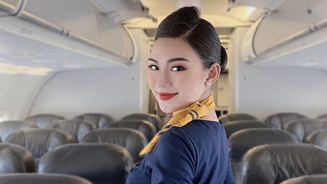Tại sao tiếp viên hàng không luôn tô son rất đậm: Lý do lại liên quan đến… tính mạng của bạn đấy!