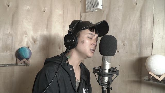Hoài Lâm tái xuất, hát về chuyện tình buồn