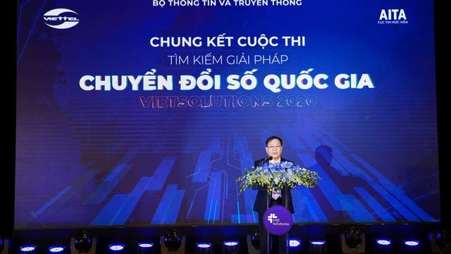 """Viet Solutions: Khi startup công nghệ được nâng bước bởi mô hình """"vườn ươm 3 trụ"""""""