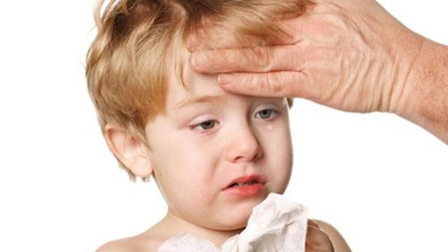Cảm lạnh và cảm cúm ở trẻ em khác nhau thế nào?
