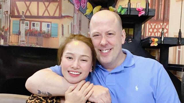Vợ cũ Thành Trung từng bị tấn công tình dục, hát quán bar cát-xê 300 nghìn một đêm