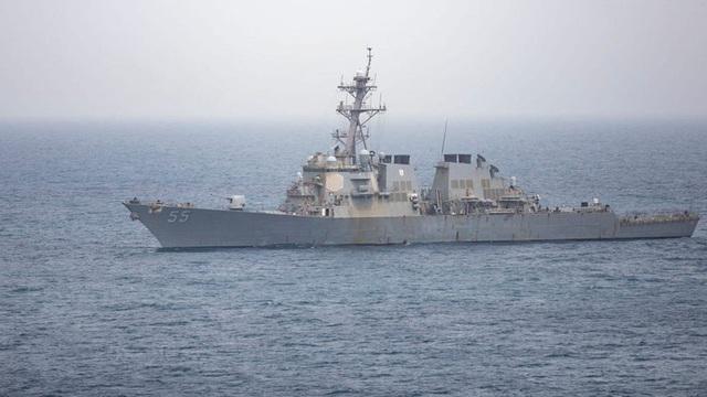 Cuộc sống trên tàu chiến hải quân Mỹ đi biển liên tục 215 ngày ra sao?