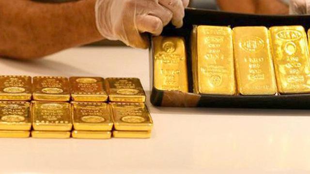 Giá vàng bất ngờ rớt thảm, bốc hơi gần 90 USD/ounce