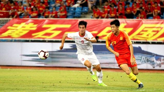 """Nhắc tên Việt Nam, CĐV Trung Quốc mỉa mai """"6 đại mục tiêu"""" thất bại của bóng đá nước nhà"""